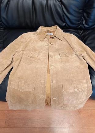 Гарний натуральний піджак-куртка