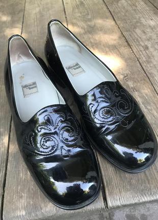 Туфли лак dirndl +bua