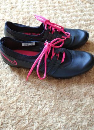 Шкіряні кросівки кеди nike