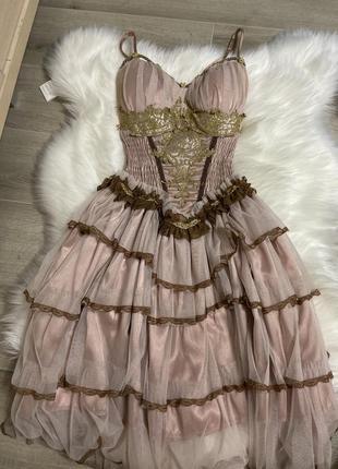 Винтажные корсетное платье