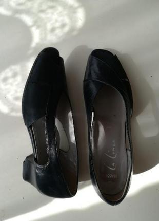 Туфлі босоніжки жіночі