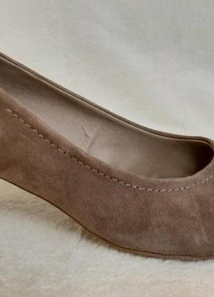 Натуральные замшевые туфли фирмы roberto santi ( германия) р.38 стелька 24,5 см