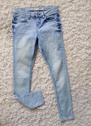 Классные женские джинсы скинни denim co 36 в прекрасном состоянии