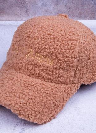 Бейсболка женская, теплая меховая кепка