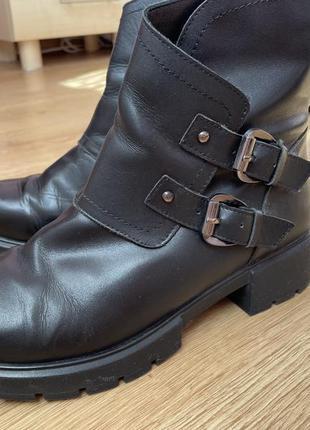 Ботінки , ботинки , сапоги , черевики