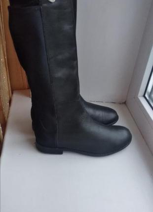 Чоботи чобітки шкіряні