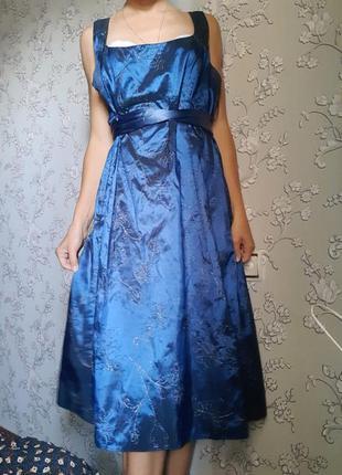 Роскошное сказочное платье фотосессия принцесса винтаж переливается вышивка синее размер 18