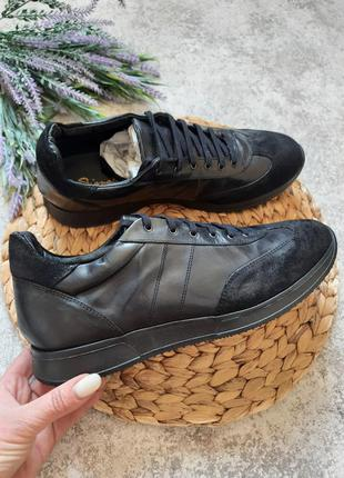 Итальянские кроссовки 12911
