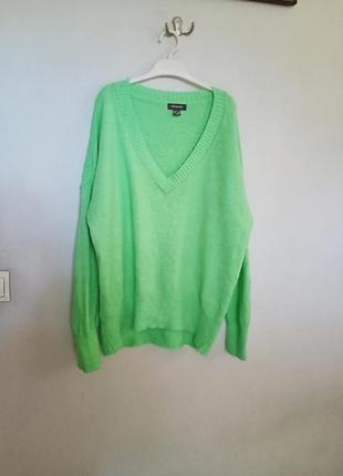 Неоновый удлиненный свитер