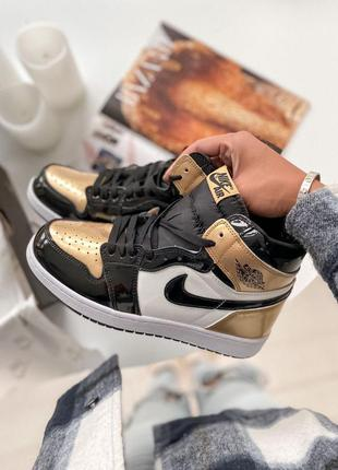 Кроссовки кеды nike air jordan 1 retro high patent gold toe кросівки кеди