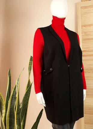 Жакет  , пиджак без рукавов черный спереди