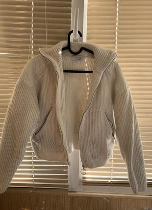 Очень тёплая кофта-куртка на змейке