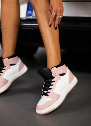 Крутые джорданы кроссовки высокие кеды сникерсы на шнуровке трендовые