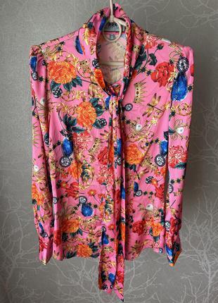 Яркая рубашка блуза в стиле d&g