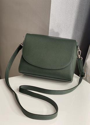 Итальянская кожаная сумка leather country через плечо темно-зеленого цвета