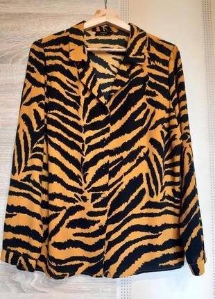 Трендовая яркая блузка принт тигр xl