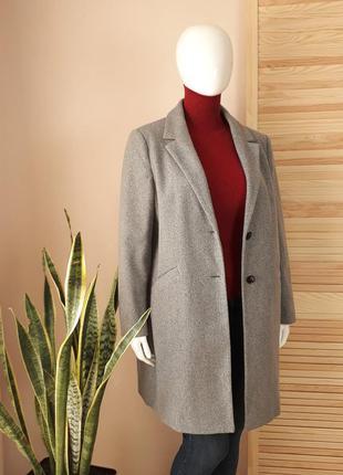 Пальто прямое серое миди с лацканами