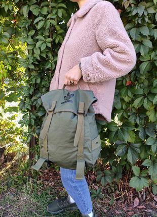 Рюкзак городской в стиле милитари хаки оливка от adidas