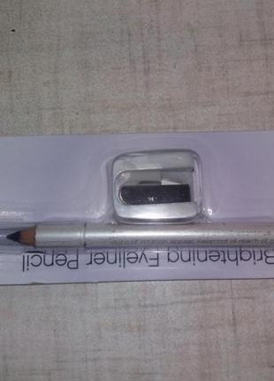 Черный карандаш с точилкой