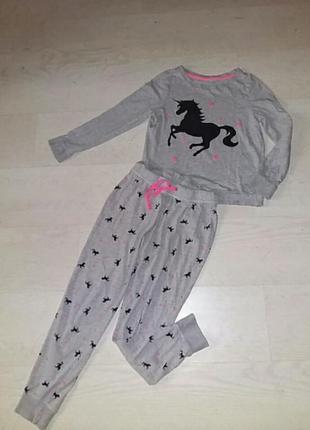 Очаровательная  котоновая  пижама на 8 -10 лет.