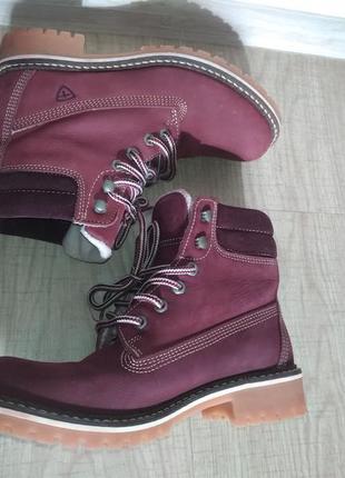 Ботинки на шнурках боты бутсы