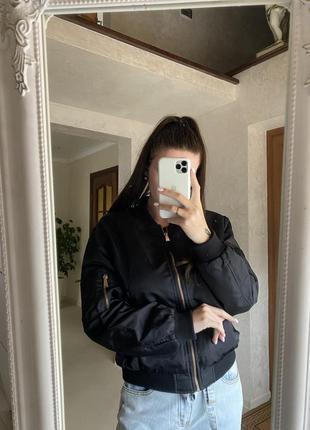 Zara крутой бомбер/куртка