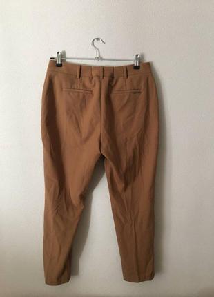 Брюки штаны бежевого цвета