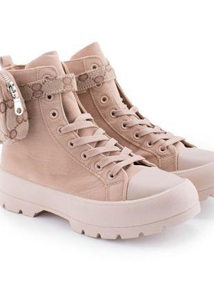 Женские бежевые ботинки