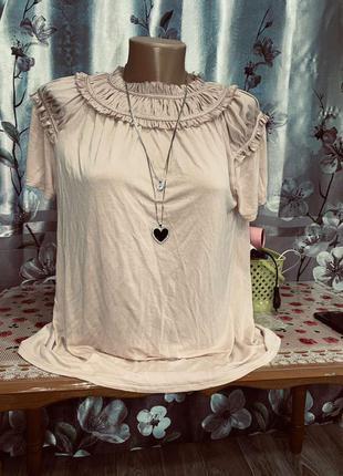 Очень красивая блуза, футболка