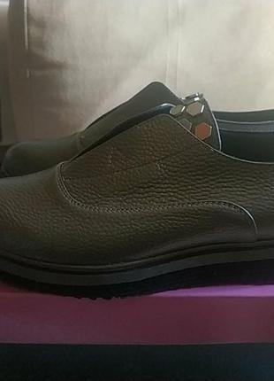 Кожаные осенние туфли