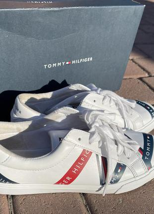 Tommy hilfiger женские кроссовки мокасины