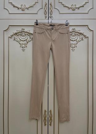 Бежевые брюки-леггинсы