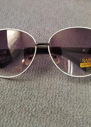 Очки солнцезащитные  saiku новые