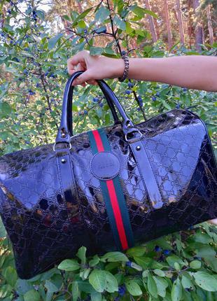 Крутая дорожная  сумка