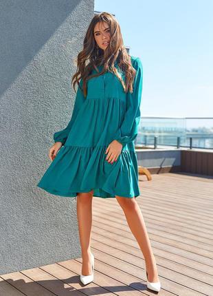 Демисезонное платье-трапеция с воланом деловое свободное рукава-фонарики