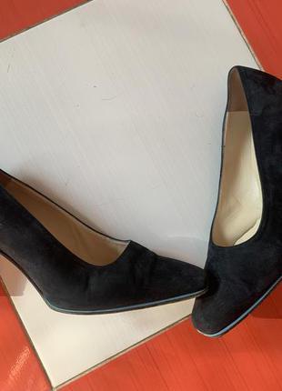 Шикарные кожаные туфли лодочки bally/натуральная кожа