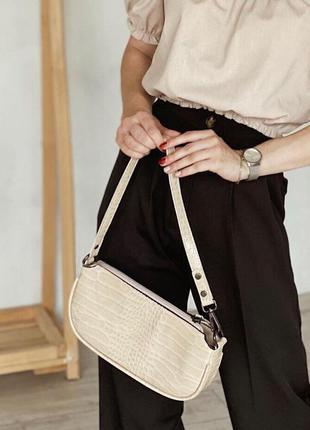 Бежевый клатч багет бежевая сумка багет клатч на короткой ручке клатч на плечо