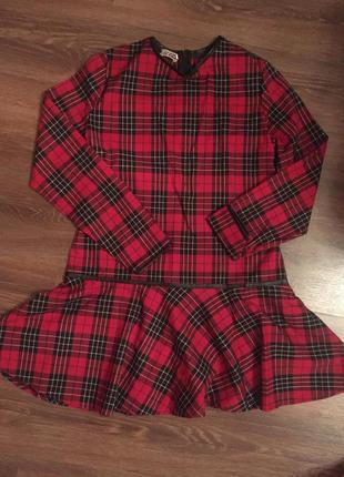 Платье в клеточку с заниженной талией