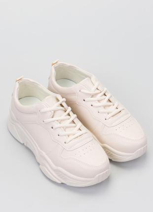 Кросівки білі жіночі базові трендові, бежевые женские кроссовки.