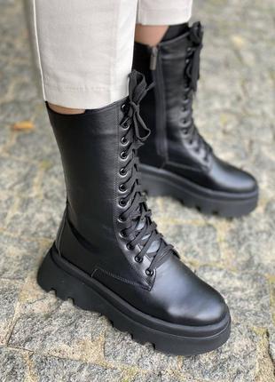 Кожаные высокие демисезонные ботинки на платформе