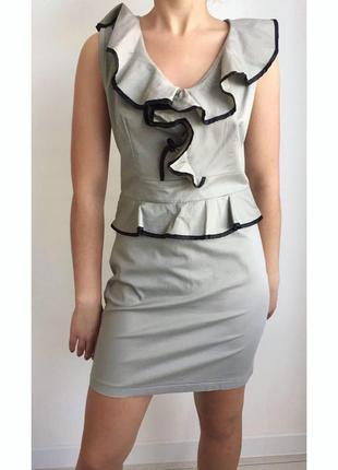 Платье рюш , плаття, бежево-черное платье с рюшами, сукня класична, платье италия.