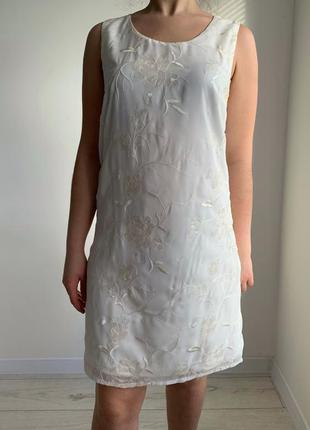 Цветочное платье rainbow, біла сукня-майка з вишивкою, белое платье с пайетками и вышивкой.