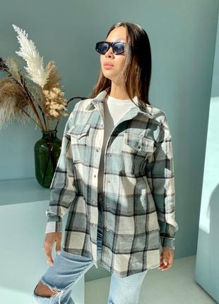 Рубашка в клетку зелёная бежевая шерстяная шерсть оверсайз женская