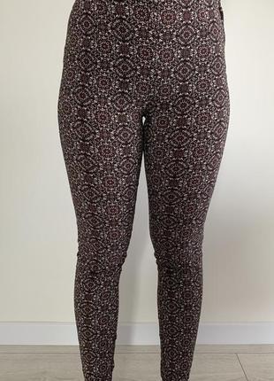 Штани в принт, женские брюки, облегающие штаны в интересный принт слим джеггинсы.