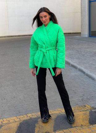 Демисезонная стёганная куртка в стиле кимоно