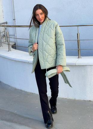 Стильная демисезонная куртка-кимоно