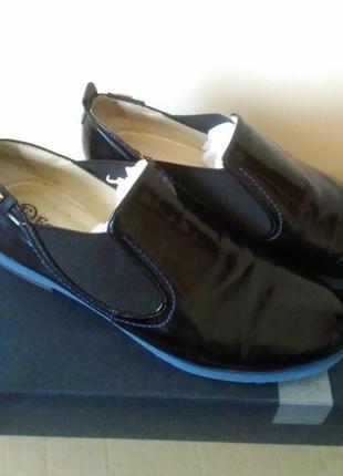 Туфлі мешти