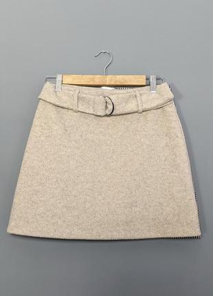 Теплая трапецевидная мини юбка с поясом