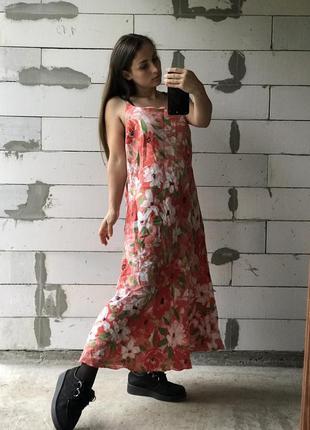 Шикарное платье из 100% лён эффектное