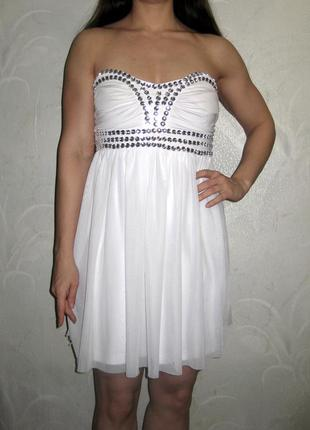 Красивое белое платье sisters point из мягкого нежного фатина расшитое камнями